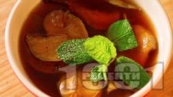 Ошав - топла напитка със сушени плодове за Бъдни Вечер и Коледа - снимка на рецептата